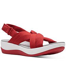 Clarks Women's Cloudsteppers Arla Belle Flat Sandals
