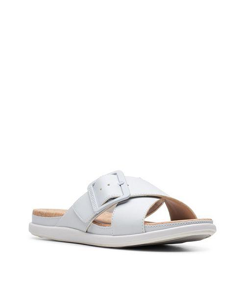 Clarks Cloudsteppers Women's Step JuneShell Flat Sandals