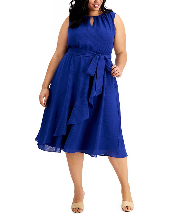 Jessica Howard - Plus Size Ruffled Midi Dress