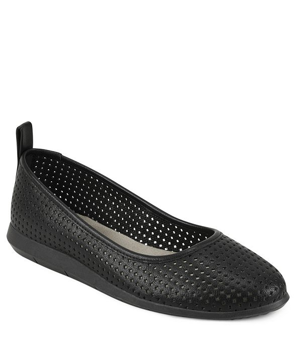 Aerosoles Bay Ridge Perforated Flat