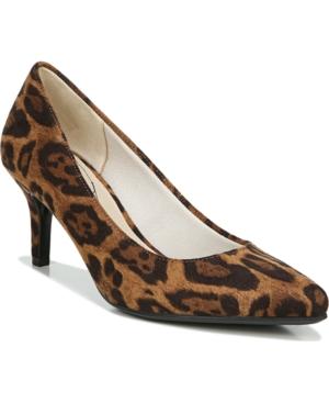 Sevyn Pumps Women's Shoes