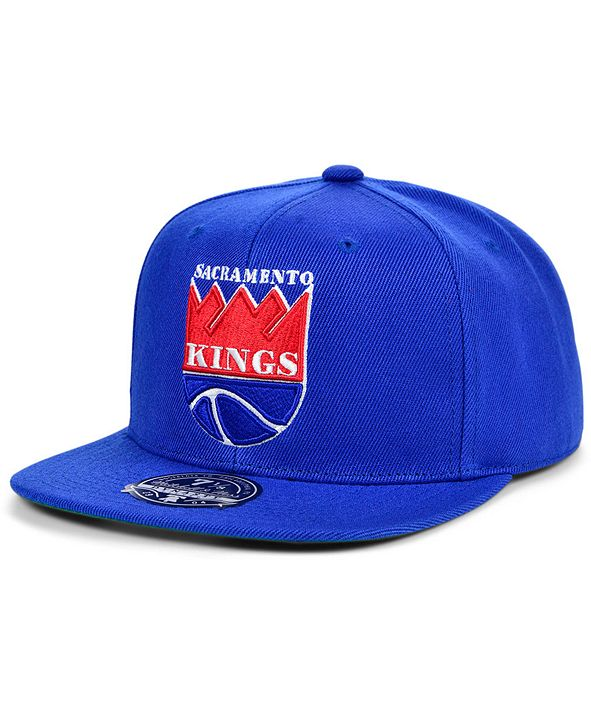 Mitchell & Ness Sacramento Kings Team Ground Fitted Cap