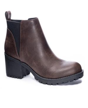Women's Lido Lug Sole Booties Women's Shoes
