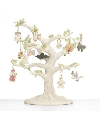 Ornament Tree Figurine
