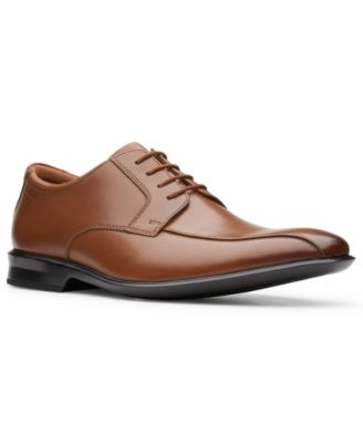 Clarks Wide Shoes for Men \u0026 Extra Wide