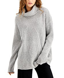 Juniors' Cozy-Knit Turtleneck Tunic Sweater