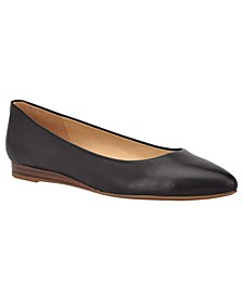 Ferdi 9X9 Women's Pointy Toe Flats