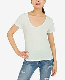 Juniors' Scoop-Neck T-Shirt