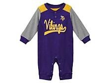 Newborn Minnesota Vikings Scrimmage Coverall