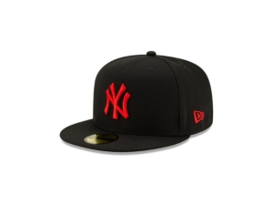 New Era NEW YORK YANKEES COLOR UV BLACK AND RED 59FIFTY CAP