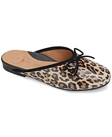 by Kenneth Cole Women's Eugene Bow-Trim Mules
