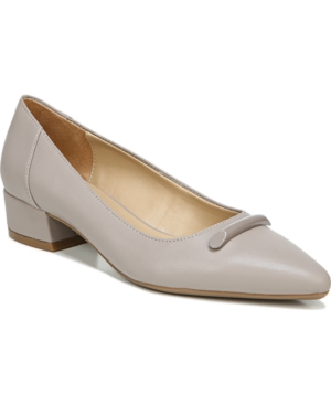 Naturalizer Feather Low Pumps Women's Shoes In Turtle Dove