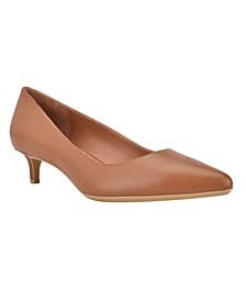 Women's Gabrianna Kitten Heel Pumps