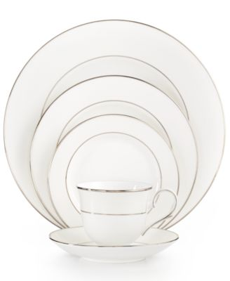 Opal Innocence Stripe 5-Piece Place Setting