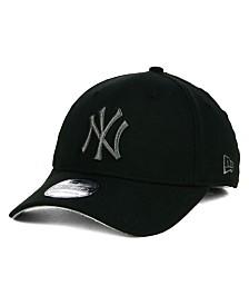 New Era New York Yankees Core Classic 39THIRTY Cap