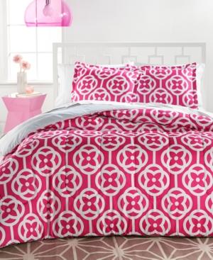 Chelsea 3Piece Reversible FullQueen Comforter Set Bedding