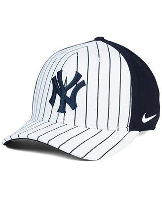 Nike New York Yankees Vapor Classic Adjustable Cap