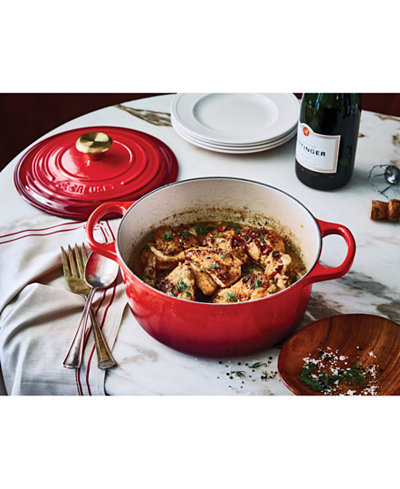 Le Creuset Signature Enameled Cast Iron 5.5-Qt. Round French Oven ...