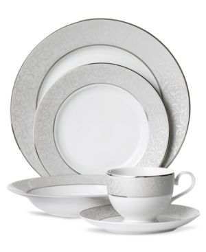 Mikasa Dinnerware, Parchment 5 Piece Place Setting