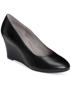 Vintage Style Shoes, Vintage Inspired Shoes Aerosoles Partnership Pumps Womens Shoes $55.30 AT vintagedancer.com