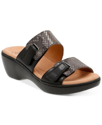 Image of Clarks Collection Women's Delana Fenela Sandals