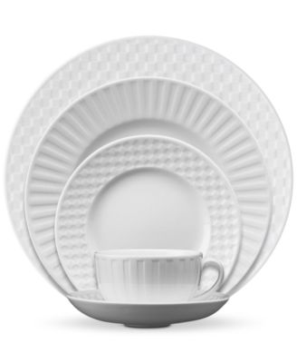 Dinnerware, Night and Day 5-Piece Place Setting
