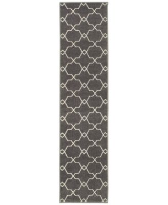 """CLOSEOUT!  Soleil Jagged Charcoal 1'10"""" x 7'6"""" Indoor/Outdoor Runner Rug"""