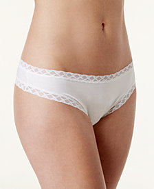 Natori Bliss Cheeky Lace-Trim Thong 750058