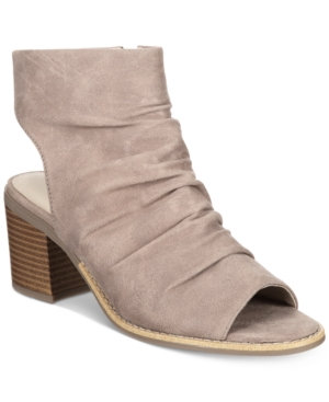 White Mountain Deering Block-Heel Sandals Women