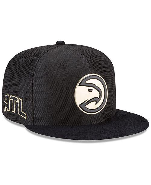 buy online 3cc6b 326d8 ... New Era Atlanta Hawks On-Court Black Gold Collection 9FIFTY Snapback Cap  ...