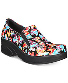 Easy Works By Easy Street Women's Appreciate  Slip Resistant Clogs