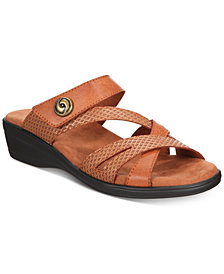 Easy Street Feature Sandals