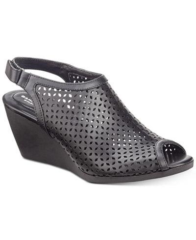Bandolino Apela Perforated Wedge Sandals