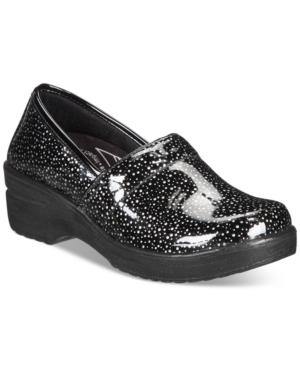 Lyndee Slip Resistant Clogs Women's Shoes