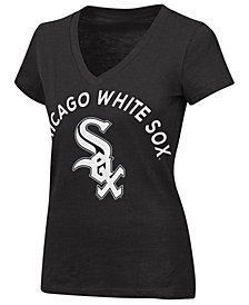 G-III Sports Women's Chicago White Sox Classic Logo V-Neck T-Shirt