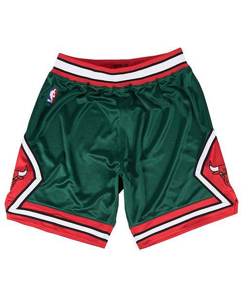 20934b9d58ef0 Mitchell & Ness Men's Chicago Bulls Authentic NBA Shorts & Reviews ...
