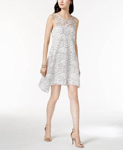 Robbie Bee Petite Sleeveless Lace Shift Dress