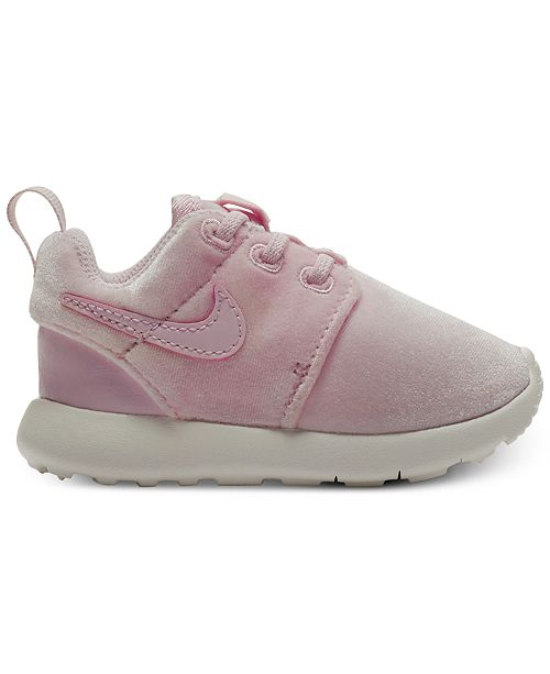 6d5068b0cd ... Nike Toddler Girls' Roshe One Casual Sneakers from Finish Line ...