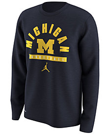 Nike Men's Michigan Wolverines Basketball Legend Long Sleeve T-Shirt