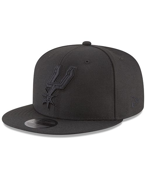 New Era San Antonio Spurs Blackout 59FIFTY Fitted Cap