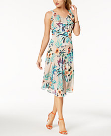 Robbie Bee Petite Floral-Print Ruffle Dress