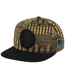Mitchell & Ness Philadelphia 76ers Black Flag Snapback Cap