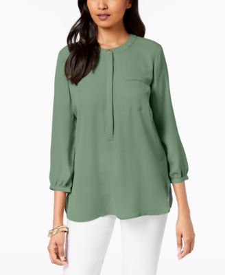 Pleated-Back Blouse JM Collection