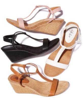 Wedge sandals Nude Photos 21