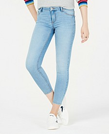 Juniors' Curvy-Fit Skinny Jeans