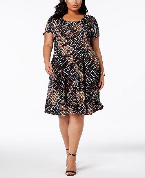 Plus Petite Plus Size Printed Fit Flare Dress