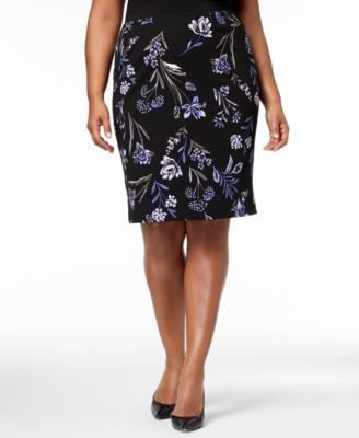 Plus Size Floral-Print Pencil Skirt