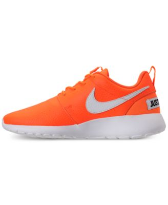 Finders | Women's Roshe One Premium Just Do It Casual