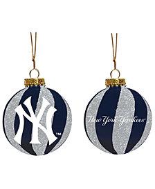 "Memory Company New York Yankees 3"" Sparkle Glass Ball"