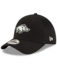 New Era Arkansas Razorbacks Black White Neo 39THIRTY Cap